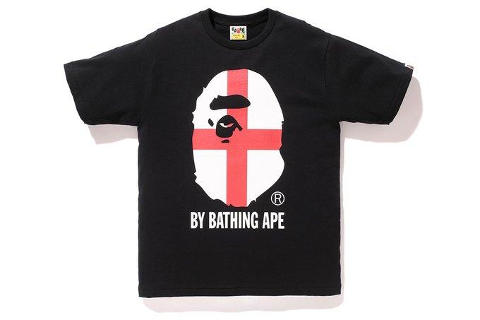 Марка A Bathing Ape представила коллекцию, посвящённую чемпионату мира по футболу в Бразилии. Изображение № 5.