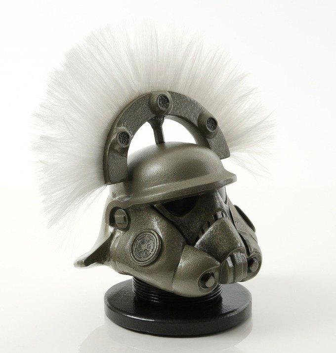 В честь Дня «Звёздных войн» Lucasfilm откроет выставку шлемов штурмовиков. Изображение № 6.