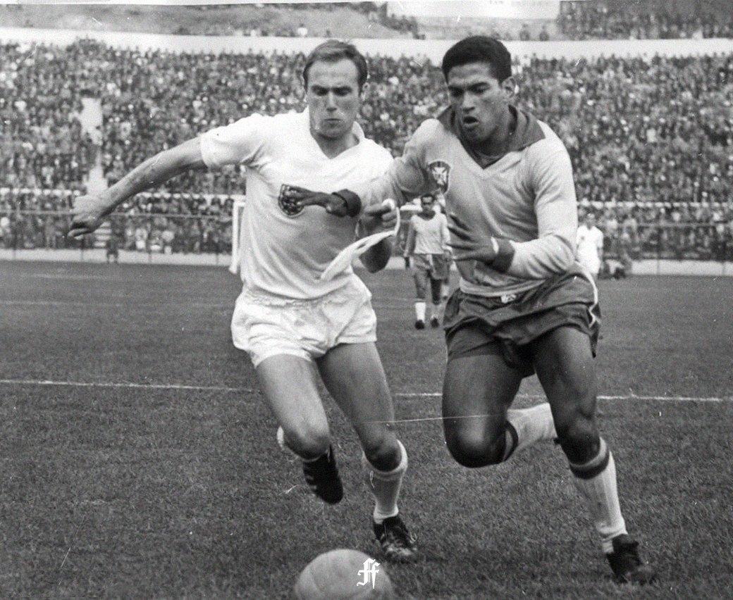 Гарринча: «Великий хромой» бразильского футбола. Изображение № 7.