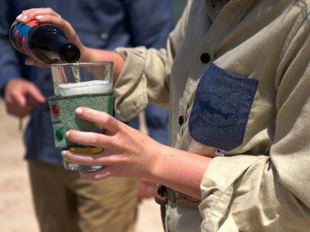 Марка Woolrich и пивоварня Dogfish Head представили совместную коллекцию одежды и аксессуаров. Изображение № 2.