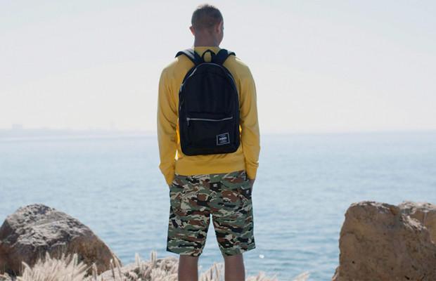 Марка Stussy выпустила летнюю коллекцию одежды. Изображение № 1.