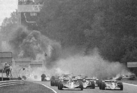 Гран-при: 10 самых страшных аварий на гоночных трассах. Изображение № 8.