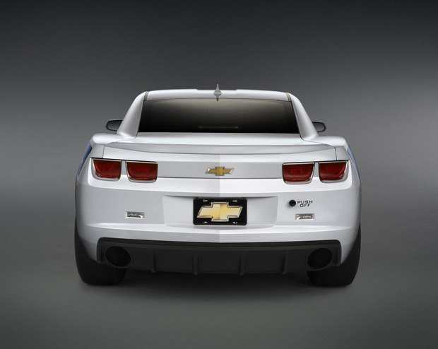 Chevrolet выпустят кузов с шасси для самостоятельной сборки дрэгстера. Изображение № 3.