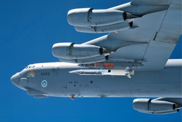 Американцы испытали сверхзвуковой летательный аппарат, неуязвимый для систем ПВО. Изображение № 7.