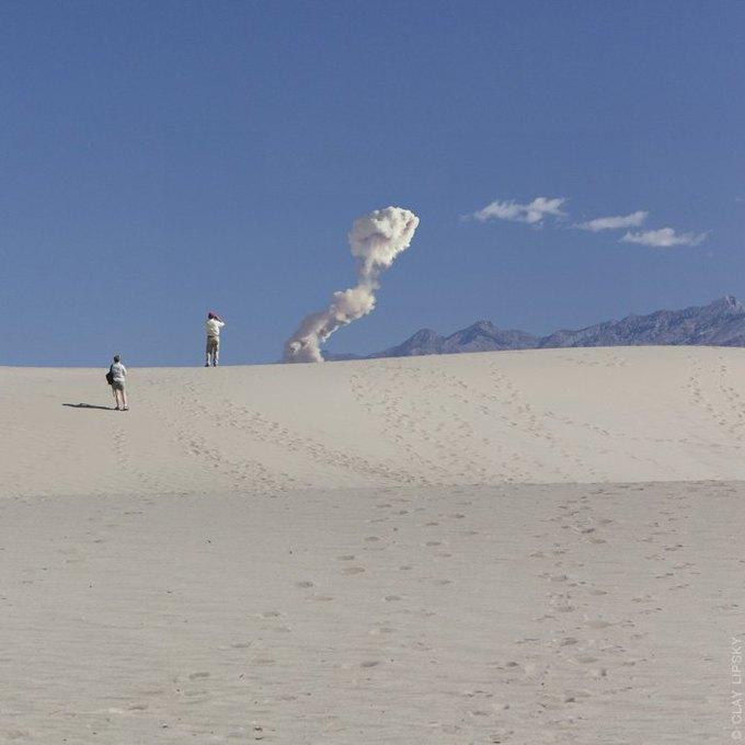 Atomic Overlook: Атомный взрыв как туристический объект на фото Клэя Липски. Изображение № 13.