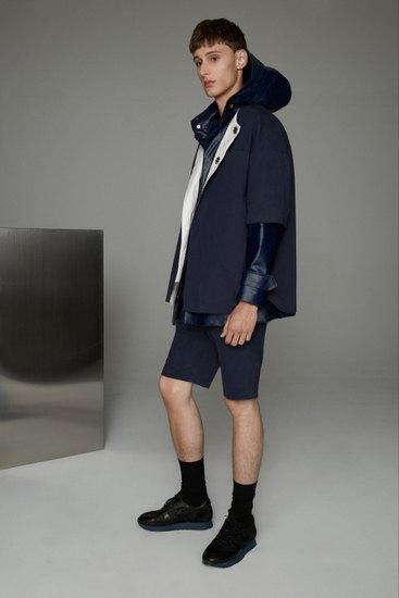 Марка Opening Ceremony выпустила лукбук весенней коллекции одежды. Изображение № 1.