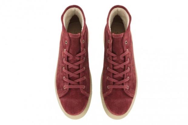 Марка A.P.C. представила коллекцию зимней обуви . Изображение № 1.