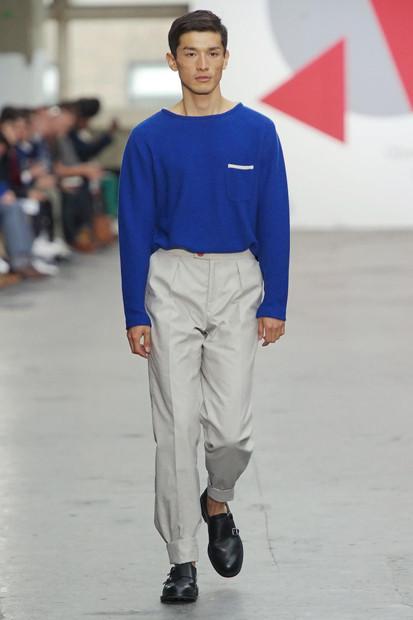 Марка Oliver Spencer выпустила летнюю коллекцию одежды. Изображение № 21.