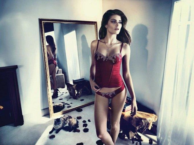 Бразильская модель Изабели Фонтана снялась в рекламе нижнего белья UNI Lingerie. Изображение № 13.