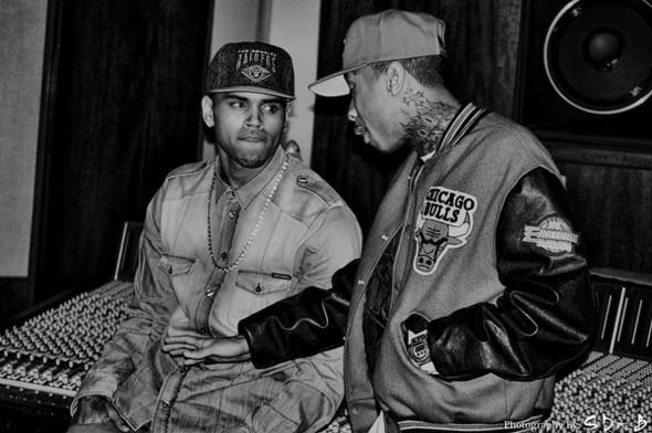 Крис Браун и Тига в кепках. Изображение № 26.