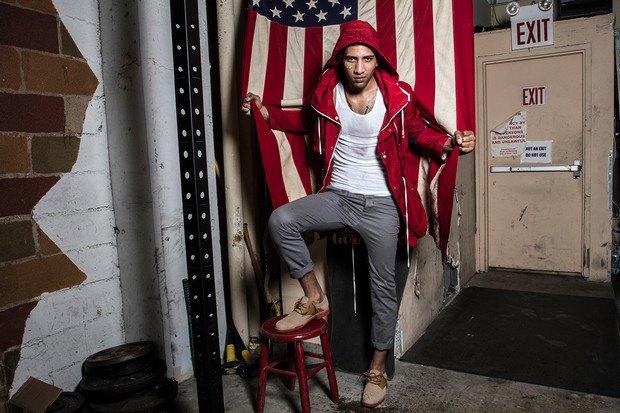 Марка Cole Haan и сайт Grungy Gentleman выпустили лукбук совместной коллекции одежды. Изображение №3.