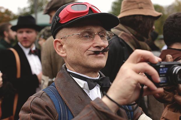 Детали: Репортаж с велозаезда Tweed Ride Moscow. Изображение № 22.