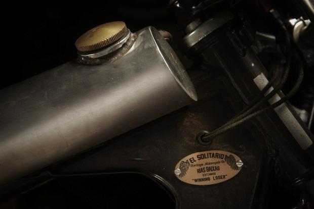 Испанская мастерская El Solitario изготовила мотоцикл Winning Loser. Изображение № 10.