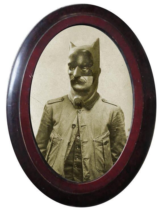 Foto Marvellini: Винтажный фотоальбом супергероев. Изображение № 1.