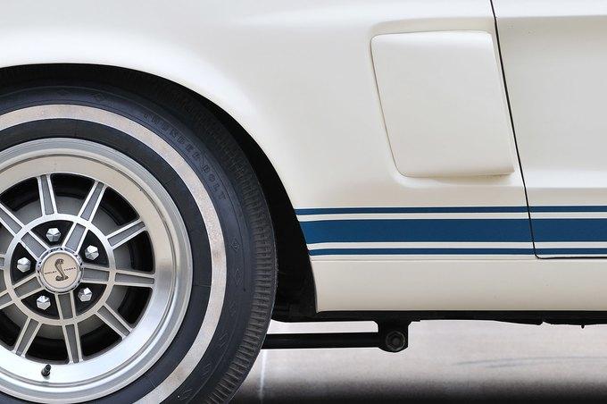 В США на аукционе продали самый дорогой Ford Mustang. Изображение № 16.
