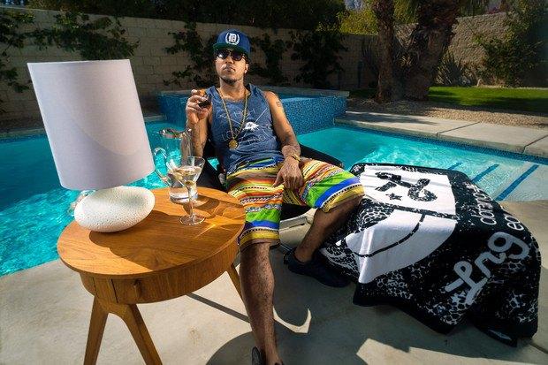 Марка LRG выпустила лукбук летней коллекции одежды, снятый в калифорнийской пустыне. Изображение № 3.