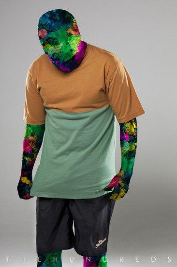 Марка The Hundreds опубликовала лукбук летней коллекции одежды. Изображение № 4.