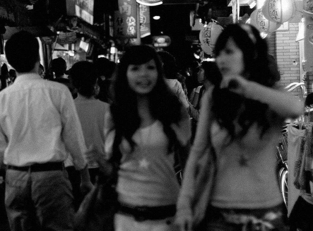 Опасные связи: Писатель Ричард Бернстайн об отношениях западных мужчин с азиатками. Изображение № 2.