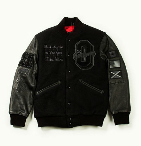 Коллекция университетских курток хип-хоп музыканта Дрейка. Изображение № 1.