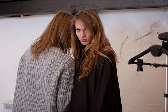 Дом моды: Репортаж со съемок видео модельного агентства. Изображение № 13.