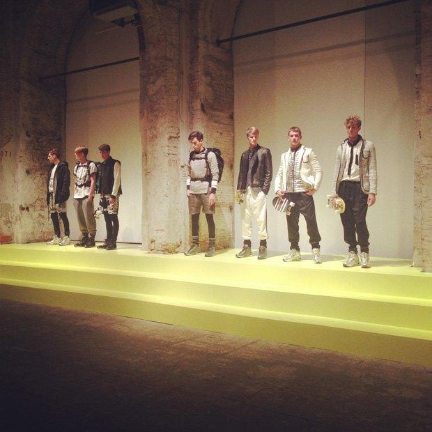 Pitti Uomo 2013: Репортаж с первого дня выставки, стенды Barbour, Onitsuka Tiger и другие . Изображение № 43.