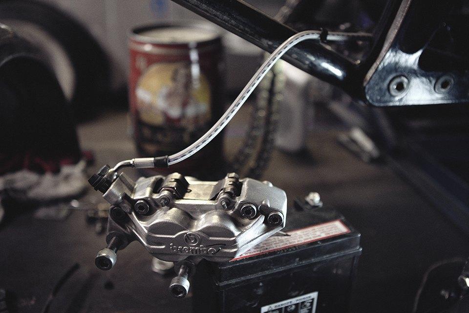 Болгарка, молоток и сварка: Интервью с  Глебом Чёрным, владельцем кастом-ателье мотоциклов . Изображение № 25.