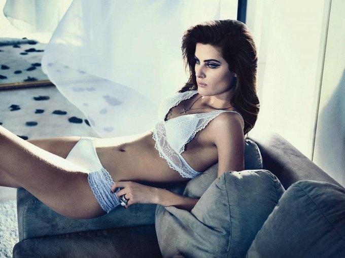 Бразильская модель Изабели Фонтана снялась в рекламе нижнего белья UNI Lingerie. Изображение № 2.