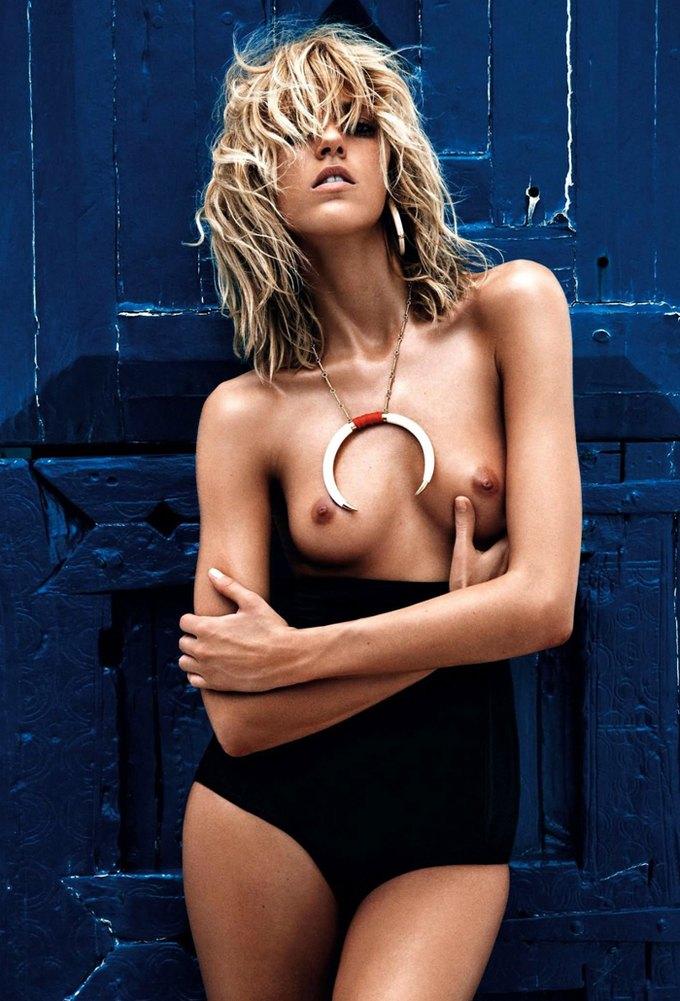 Модели Аня Рубик и Андреа Дьякони снялись обнаженными у фотографа Марио Сорренти. Изображение № 12.