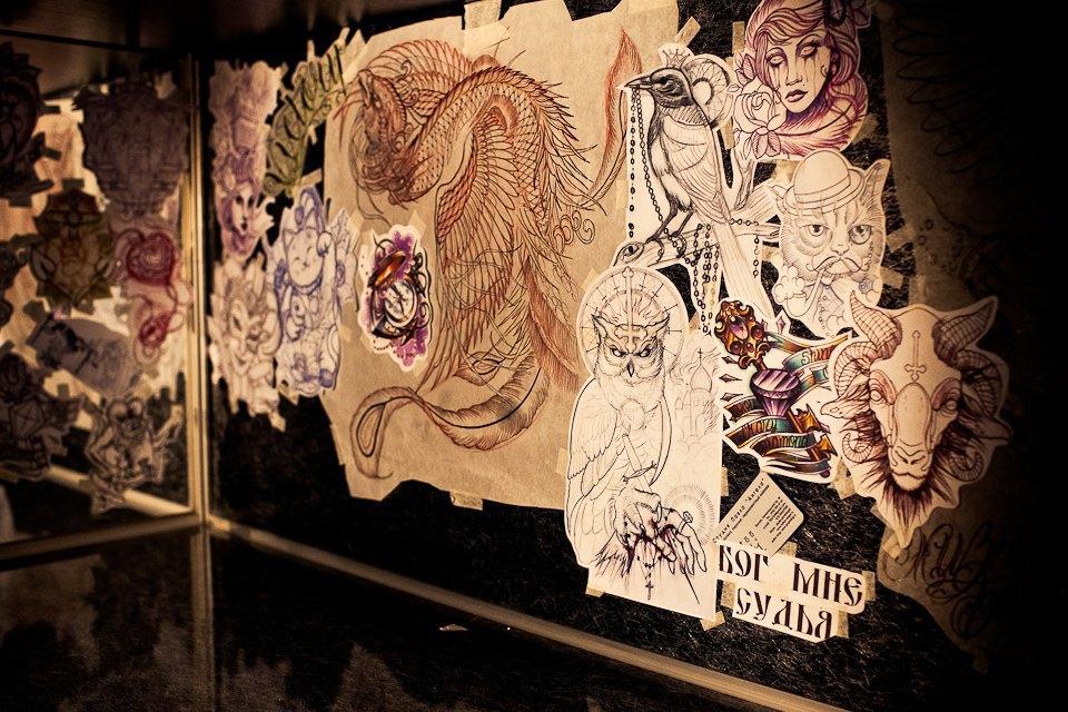 Бьет — значит любит: Старейшие татуировщики Москвы и их лучшие работы. Изображение № 3.