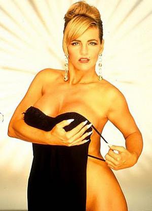 После секса: 25 порнозвезд на пенсии. Изображение № 93.