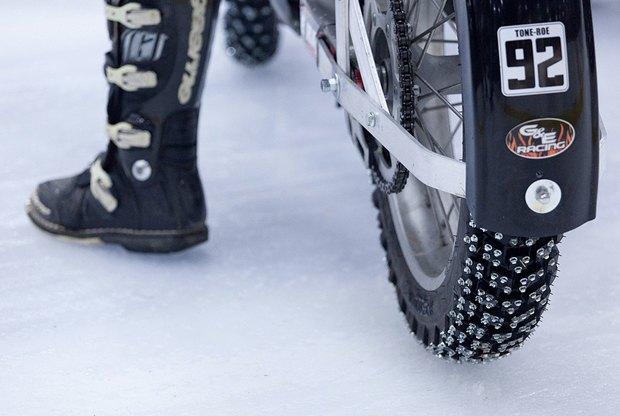 Зимняя резина: Краткий гид по мотокроссу на льду . Изображение № 9.