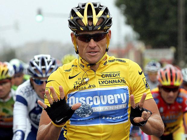 Велогонщик Лэнс Армстронг будет лишен основных титулов из-за допингового скандала  . Изображение № 1.