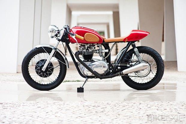 Мастерская Tricana Motorcycles собрала новый каферейсер Triumph TR6R. Изображение № 1.