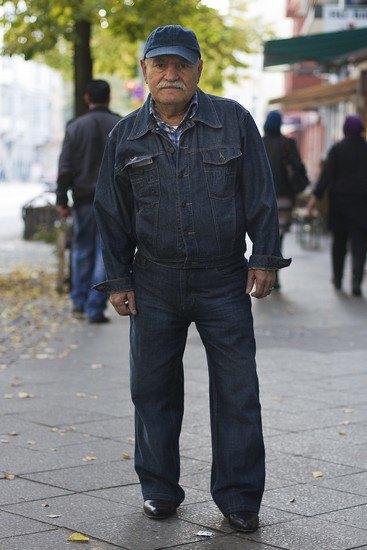 Харизматичный турок Али каждый день демонстрирует новый лук в блоге на Tumblr. Изображение № 13.