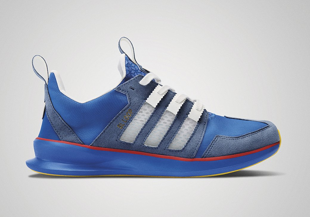 Сникер-клуб: Эксперты выбирают лучшие кроссовки прошедшей недели. Изображение № 1.