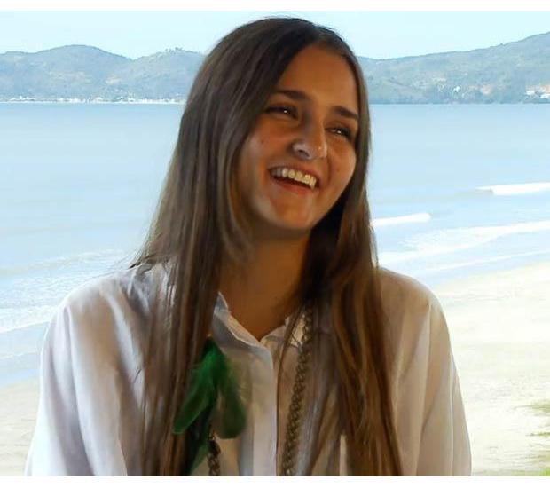 Бразильянка продала свою девственность за 780 тысяч долларов. Изображение № 17.
