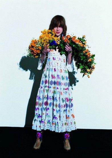 Японская марка Beams опубликовала лукбук весенней коллекции одежды. Изображение № 16.