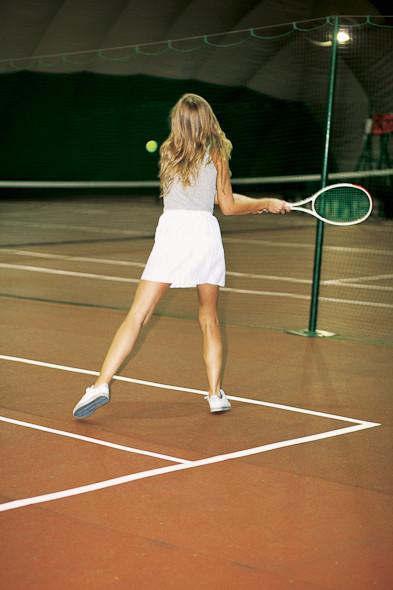 Классические формы: Теннисистка. Изображение № 9.