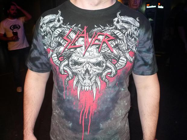 Эта футболка называется Demonic Chest. Ее и сейчас можно купить в официальном магазине. Изображение № 9.