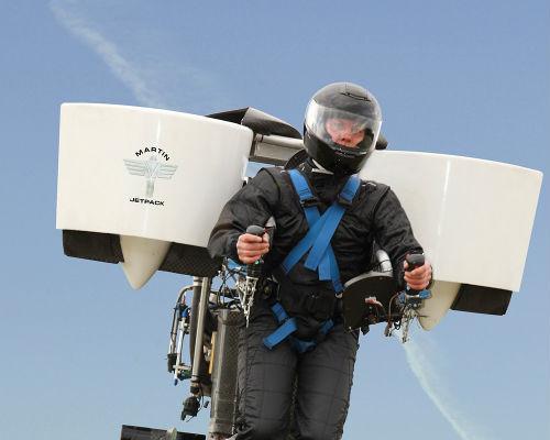 Новозеландский инженер спроектировал летающий рюкзак. Изображение № 3.