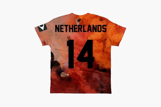 Марка Eleven Paris к чемпионату мира по футболу представила коллекцию футболок. Изображение № 8.