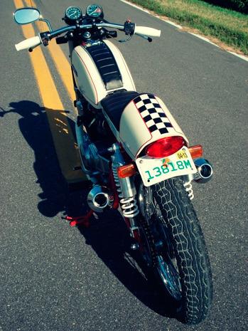 Мастерская Bare Bone Rides выпустила каферейсер на основе Honda CB200T. Изображение № 6.