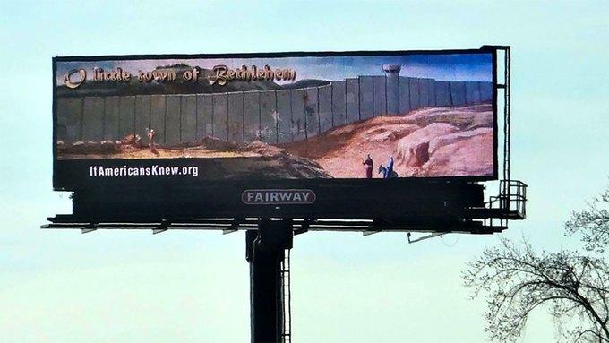 Рождественское граффити Бэнкси появилось на билборде в Атланте. Изображение № 1.