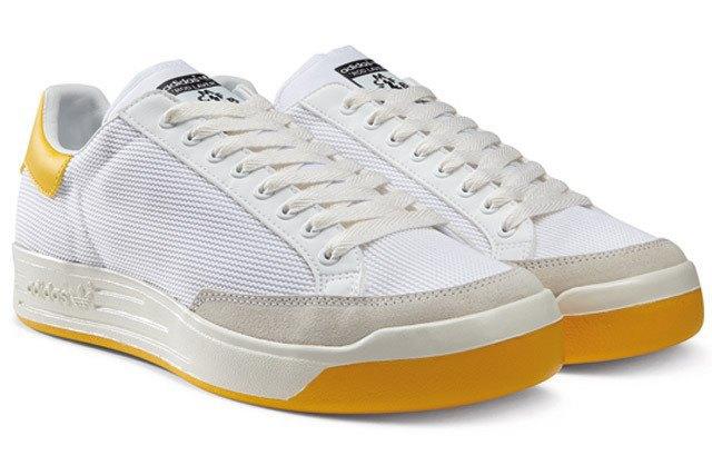 Марка Adidas и дизайнер Марк МакНейри представили совместную коллекцию одежды. Изображение № 8.