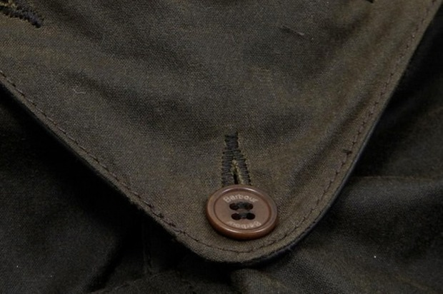 Марка Barbour и дизайнер Токихито Йошида выпустили куртку Джеймса Бонда. Изображение № 4.