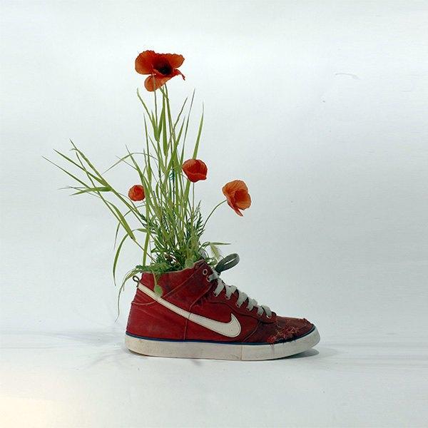 «Just Grow It!»: Известные модели кроссовок Nike из растений и цветов. Изображение № 3.