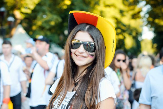 Красивые девушки на матчах Евро-2012. Изображение № 6.