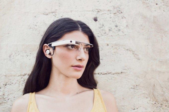 Google представили второе поколение очков Google Glass. Изображение № 1.