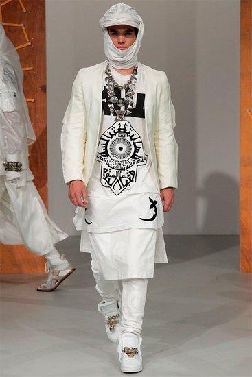 Английская марка KTZ представила весеннюю коллекцию одежды. Изображение № 4.