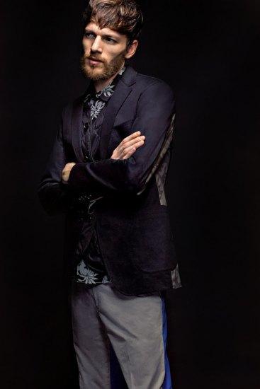 Марка Sophnet выпустила лукбук весенней коллекции одежды. Изображение № 1.